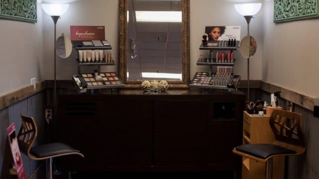Perfect-Image-Salon-Aveda-Makeup